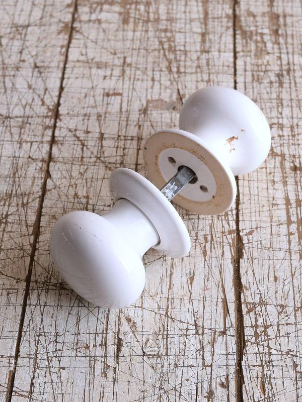 イギリス 陶器製 ドアノブ 建具金物 握り玉 9126