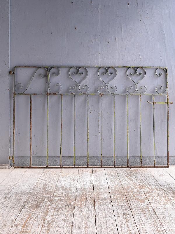 イギリスアンティーク アイアンフェンス ゲート柵 ガーデニング 9516