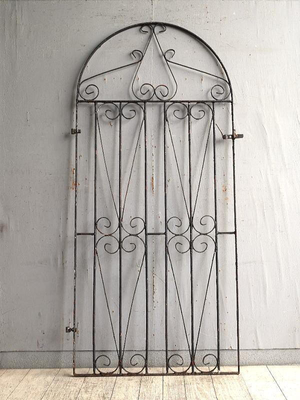 イギリスアンティーク アイアンフェンス ゲート柵 ガーデニング 10168