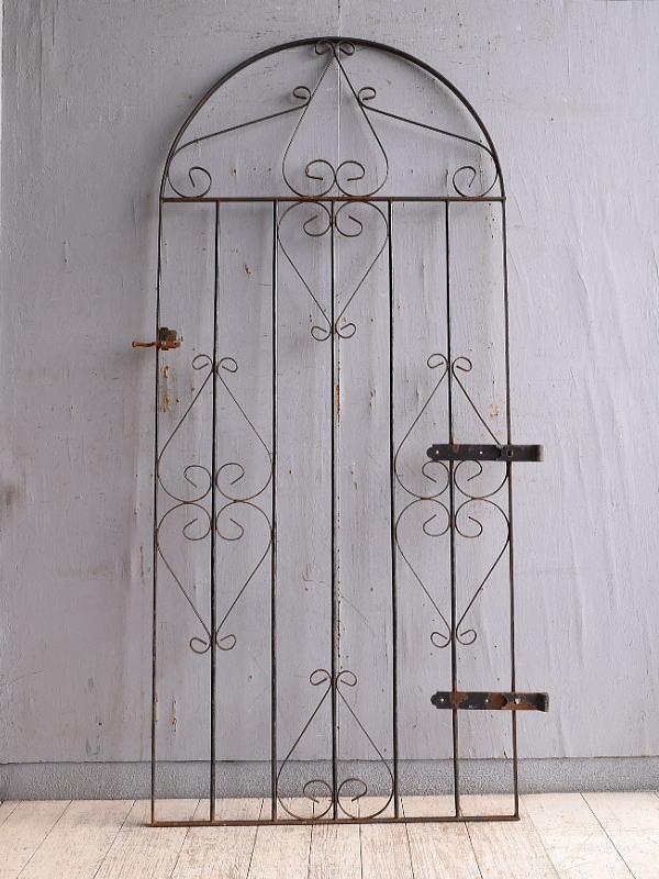 イギリスアンティーク アイアンフェンス ゲート柵 ガーデニング 10170