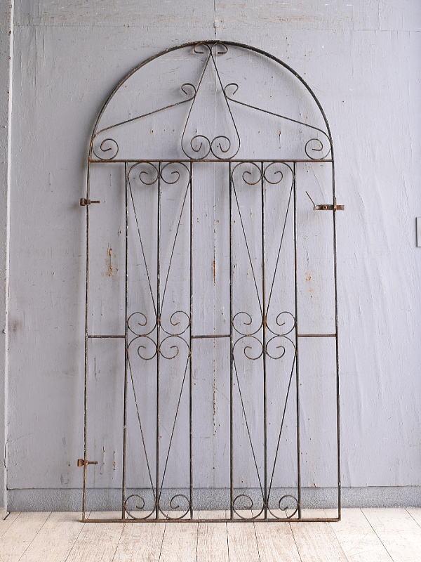 イギリスアンティーク アイアンフェンス ゲート柵 ガーデニング 10171