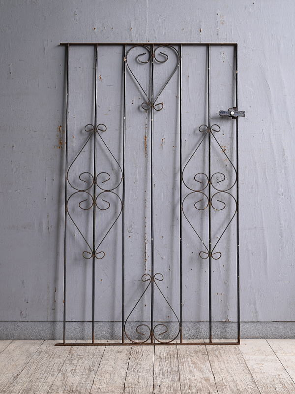 イギリスアンティーク アイアンフェンス ゲート柵 ガーデニング 10188