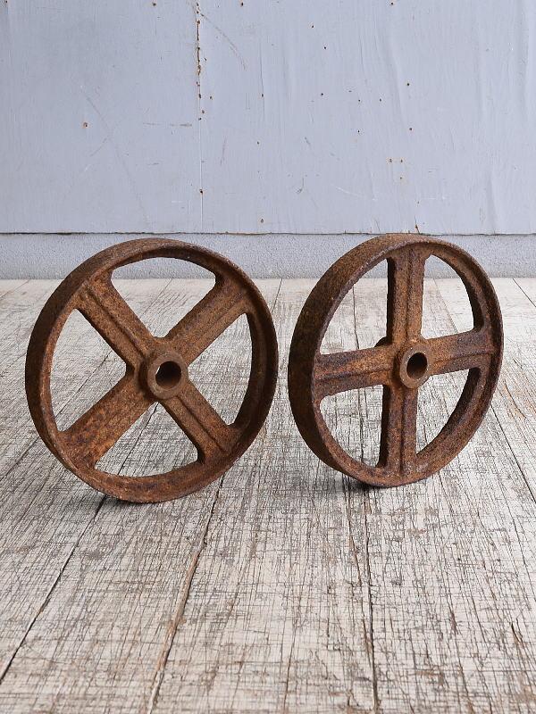 イギリス アンティーク 鉄製 車輪×2  10248