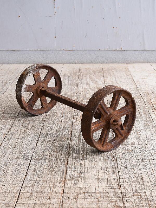 イギリス アンティーク 鉄製 車輪×2 10249