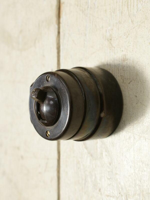 イギリス アンティーク ベイクライトスイッチ 照明器具