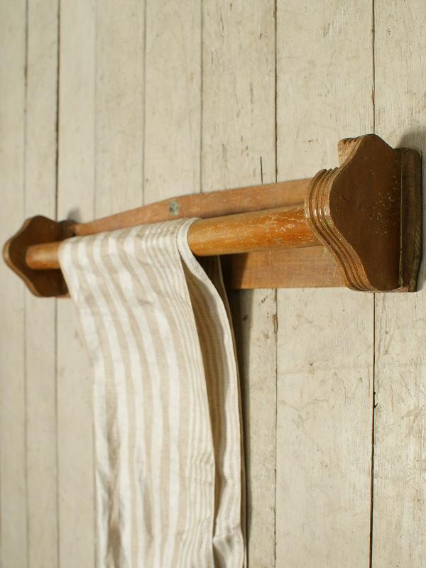 フレンチ アンティーク 木製タオルハンガー 2405