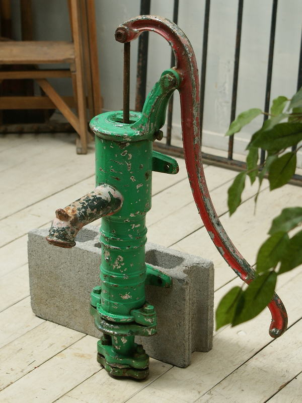 イギリス アンティーク ウォーターポンプ 井戸 ガーデニング 2408