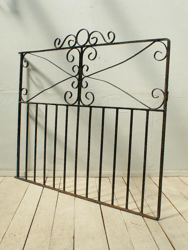 イギリス アンティーク アイアンフェンス ゲート柵 ガーデニング 2451