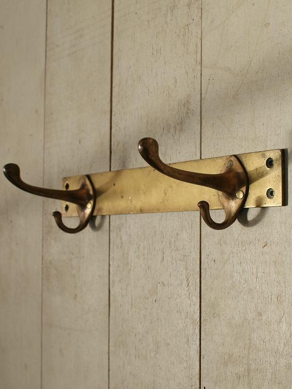 イギリス アンティーク 真鍮製壁掛けコートフック 2連 2572