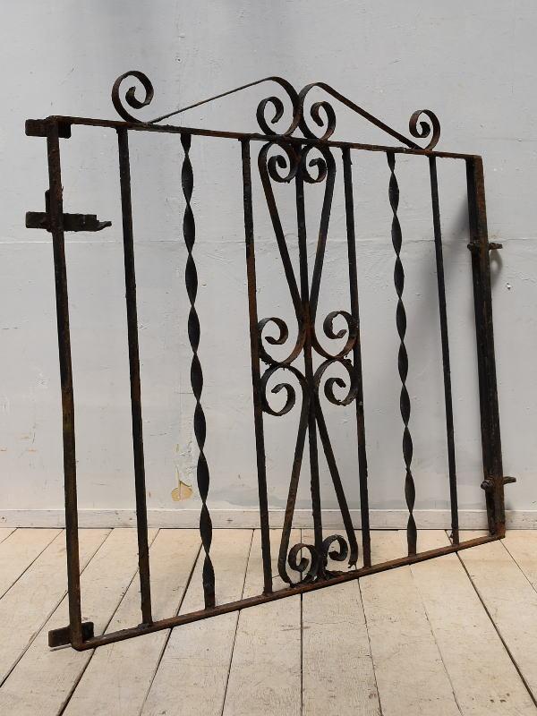 イギリスアンティーク アイアンフェンス ゲート柵 ガーデニング 3983