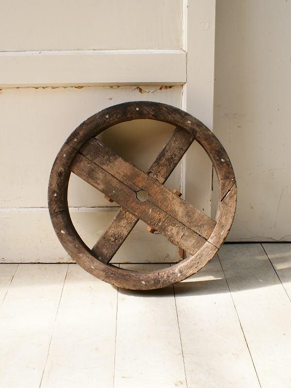 イギリス アンティーク 木製 車輪 ガーデンオーナメント 5129