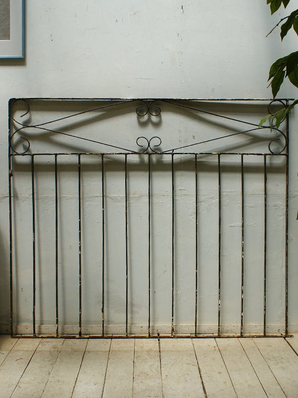 イギリス アンティーク アイアンフェンス ゲート柵 ガーデニング 5487