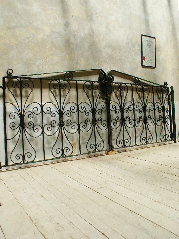 イギリス アンティーク アイアンフェンス ゲート柵 ガーデニング 5562