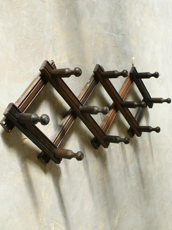 フレンチ アンティーク 木製コート&ハットフック5連 5619