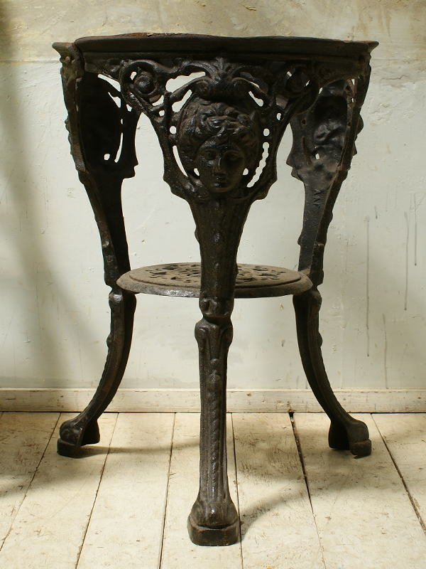 イギリス アンティーク パブテーブルの脚  ガーデニング  5668