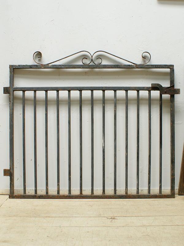 イギリス アンティーク アイアンフェンス ゲート柵 ガーデニング 6357