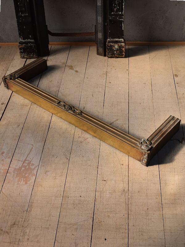 イギリス アンティーク ファイヤーガード フェンダー 暖炉器具 6619
