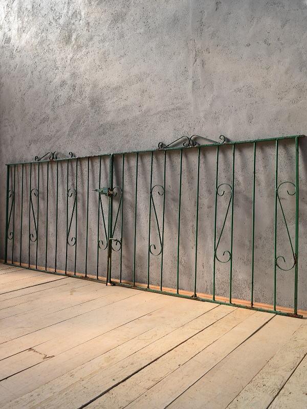 イギリス アンティーク アイアンフェンス ゲート柵 ガーデニング 6622