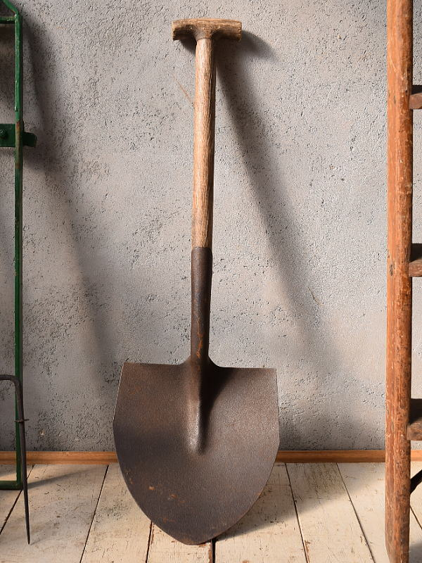 イギリスアンティーク ガーデンスコップ 農機具 6745