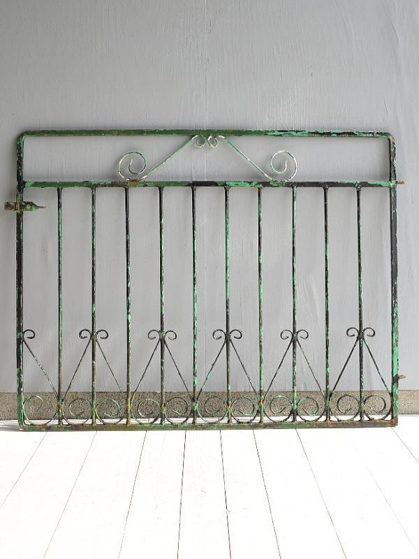 イギリス アンティーク アイアンフェンス ゲート柵 ガーデニング 9570