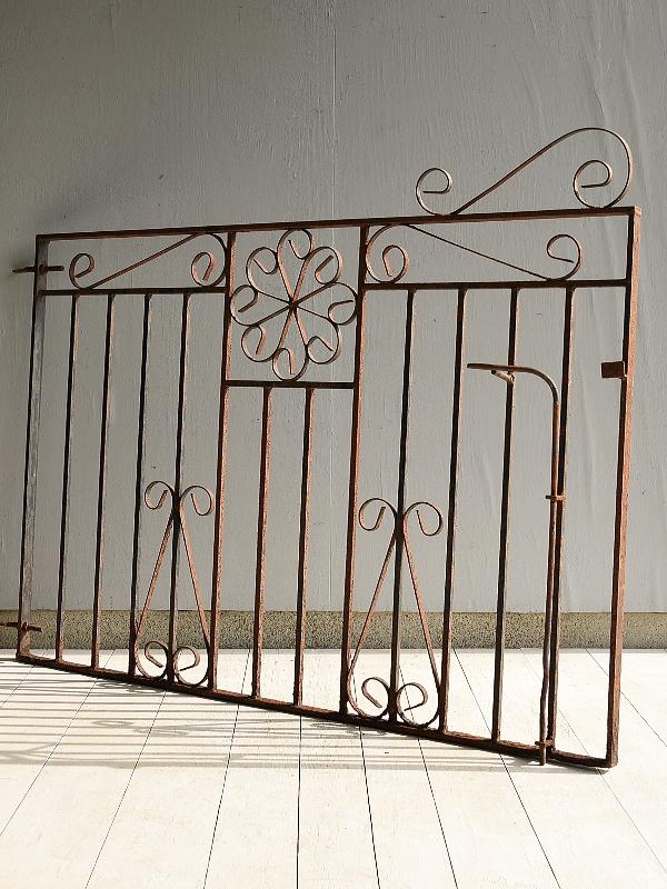 イギリス アンティーク アイアンフェンス ゲート柵 ガーデニング 7037