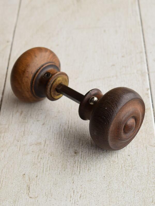 イギリス アンティーク 木製 ドアノブ 建具金物 握り玉 7110