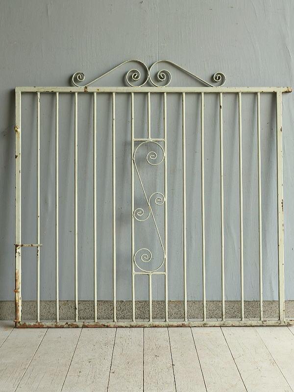 イギリス アンティーク アイアンフェンス ゲート柵 ガーデニング 7180