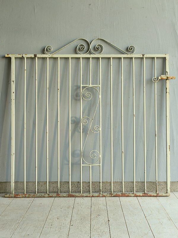 イギリス アンティーク アイアンフェンス ゲート柵 ガーデニング 7181