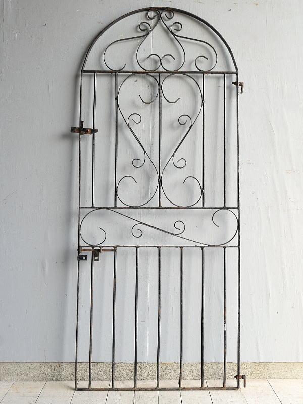 イギリスアンティーク アイアンフェンス ゲート柵 ガーデニング 7549