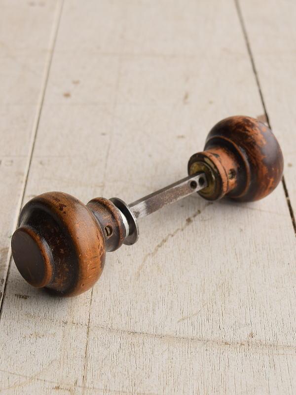 イギリス アンティーク 木製 ドアノブ 建具金物 握り玉 7671