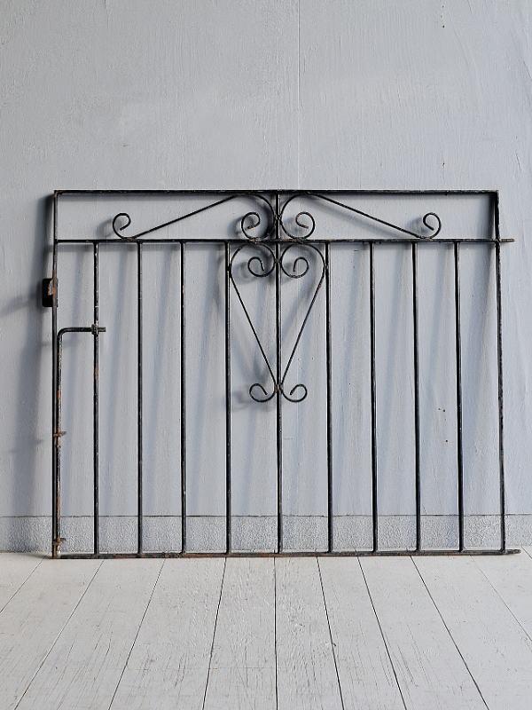 イギリス アンティーク アイアンフェンス ゲート柵 ガーデニング 7797