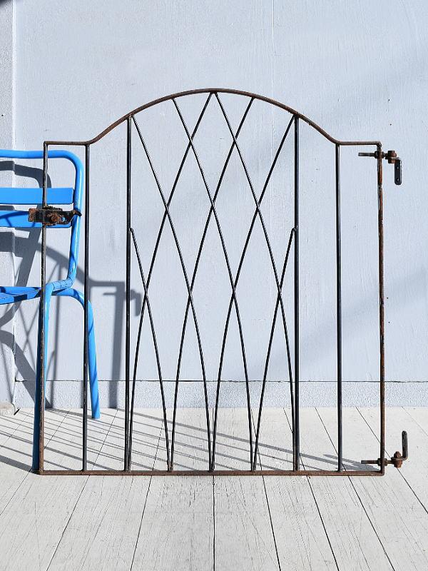 イギリス アンティーク アイアンフェンス ゲート柵 ガーデニング 7817