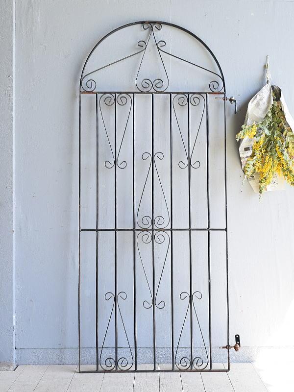 イギリスアンティーク アイアンフェンス ゲート柵 ガーデニング 7942