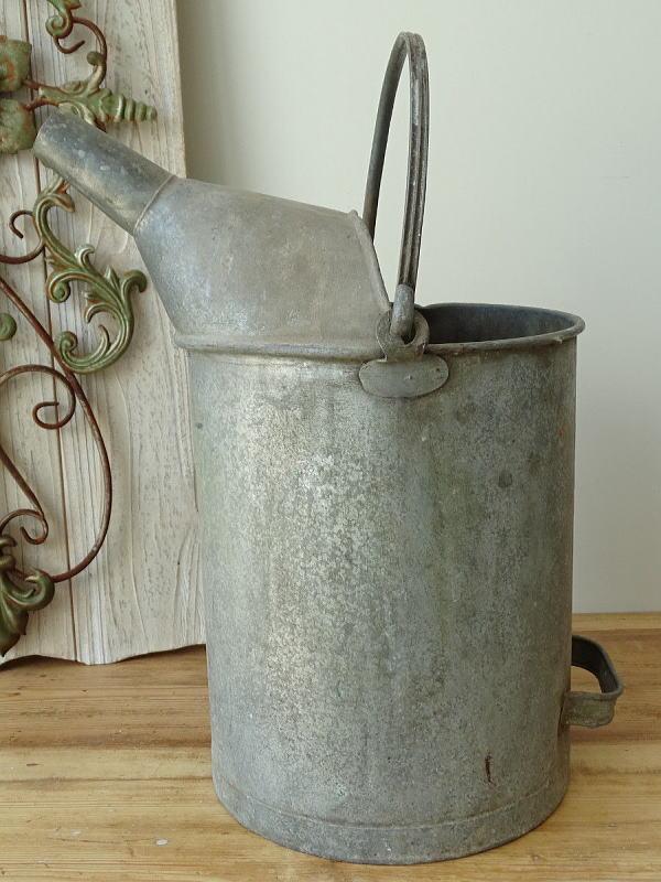 イギリスアンティーク ブリキ製 オイル缶 8312