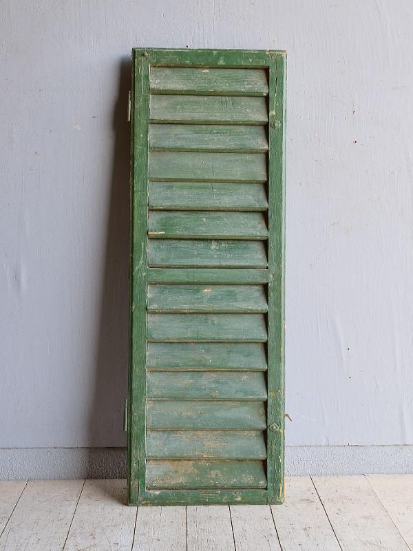 ルーマニア製 アンティーク 木製ルーバー雨戸 ディスプレイ 建具 8355