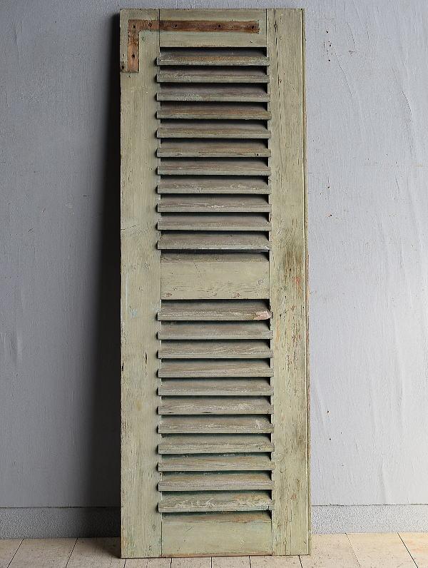 ルーマニア製 アンティーク 木製ルーバー雨戸 ディスプレイ 建具 8361