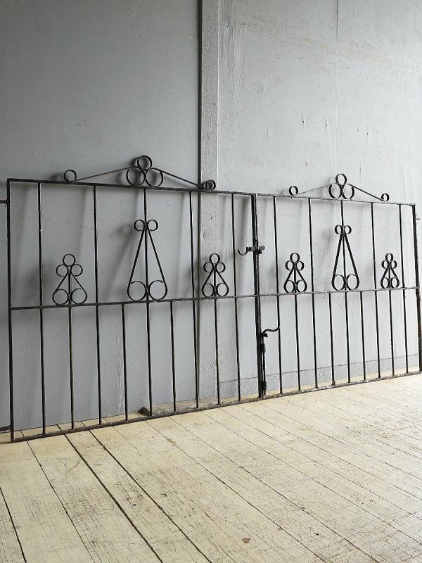 イギリス アンティーク アイアンフェンス ゲート柵 8652