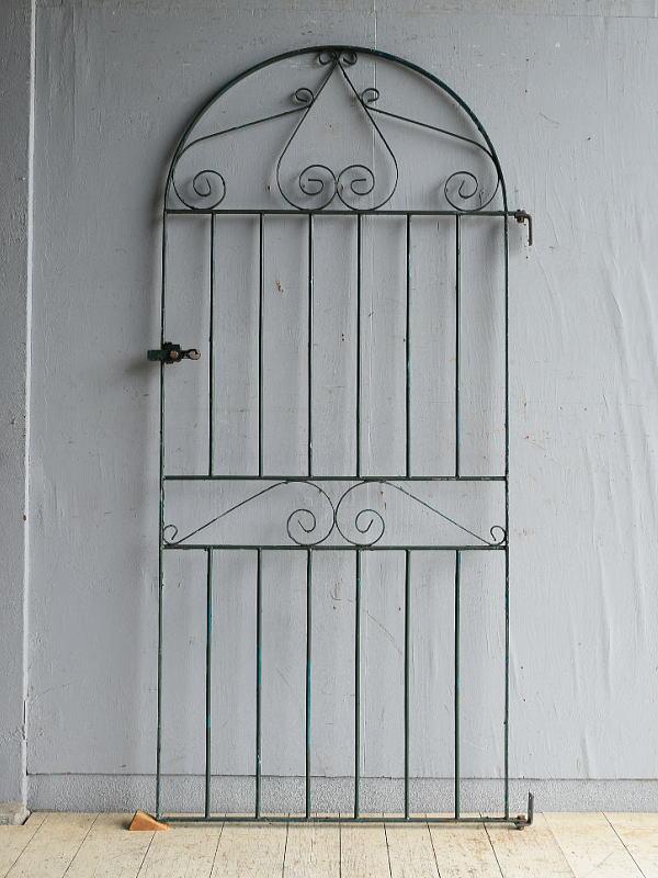 イギリスアンティーク アイアンフェンス ゲート柵 ガーデニング 8660