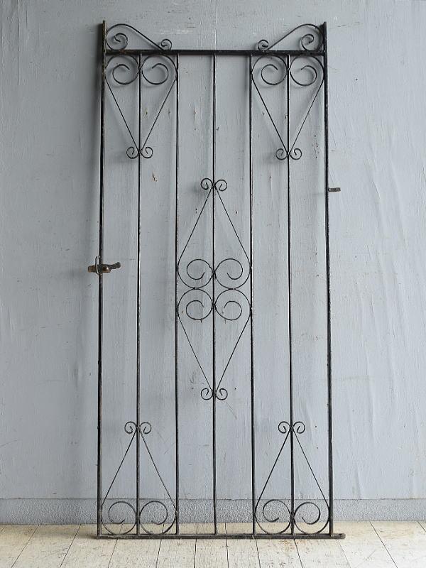 イギリスアンティーク アイアンフェンス ゲート柵 ガーデニング 8729