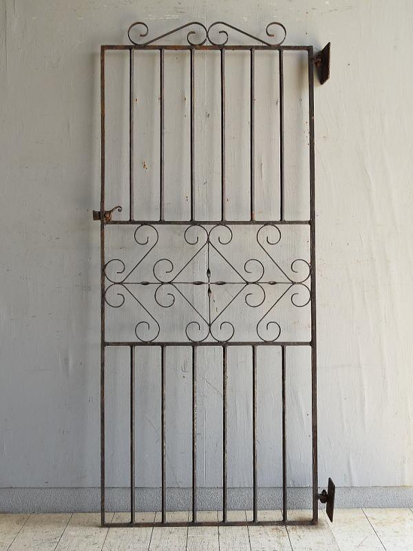 イギリスアンティーク アイアンフェンス ゲート柵 ガーデニング 8730