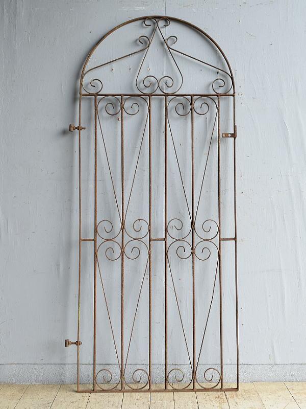 イギリスアンティーク アイアンフェンス ゲート柵 ガーデニング 8765