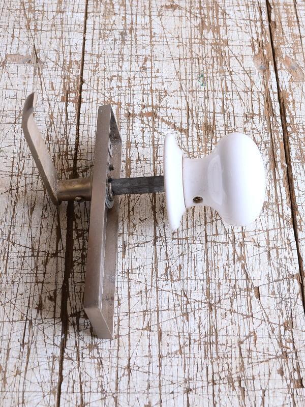 イギリス 陶器製 ドアノブ 建具金物 握り玉 9128