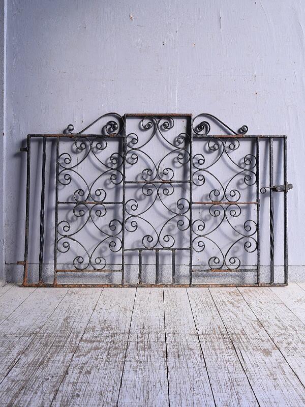 イギリス アンティーク アイアンフェンス ゲート柵 ガーデニング 9136