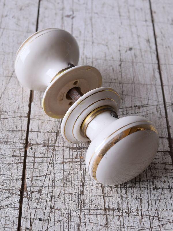 イギリス 陶器製 ドアノブ 建具金物 握り玉 9181