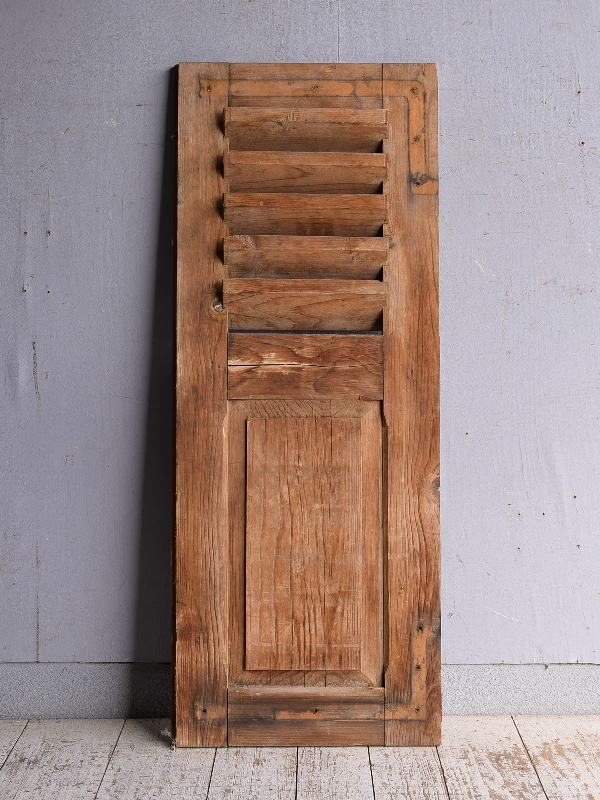 ルーマニア製 アンティーク 木製ルーバー雨戸 ディスプレイ 建具 9234