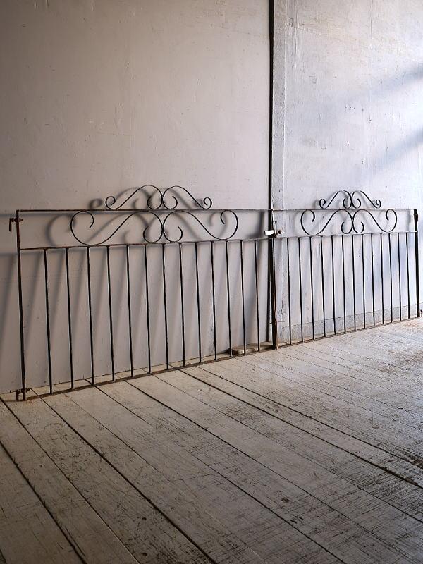 イギリスアンティーク アイアンフェンス ゲート柵 ガーデニング 9249