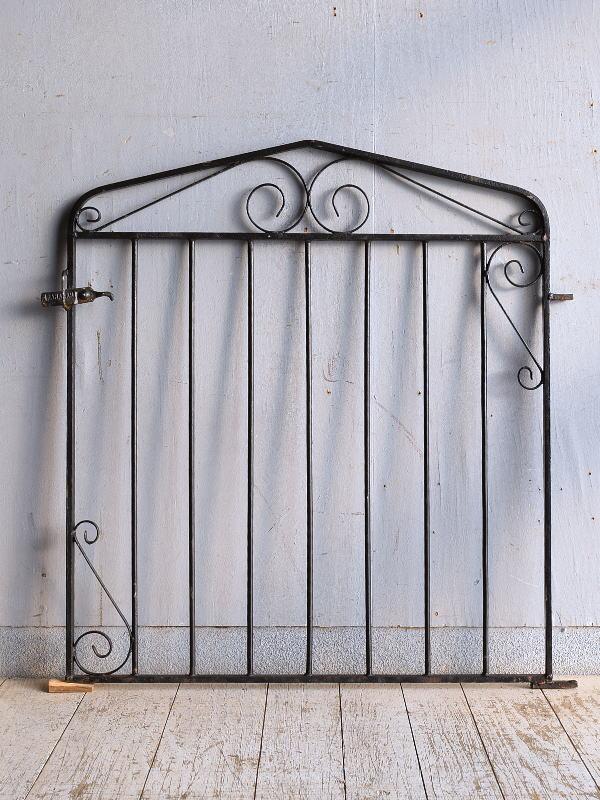 イギリスアンティーク アイアンフェンス ゲート柵 ガーデニング 9250