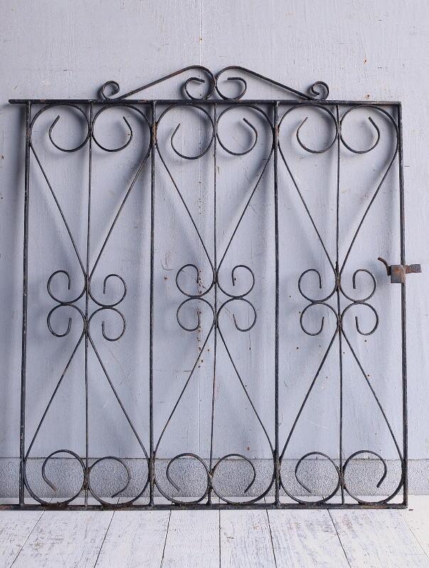 イギリスアンティーク アイアンフェンス ゲート柵 ガーデニング 9261