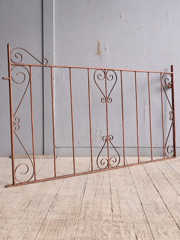 イギリスアンティーク アイアンフェンス ゲート柵 ガーデニング 9735
