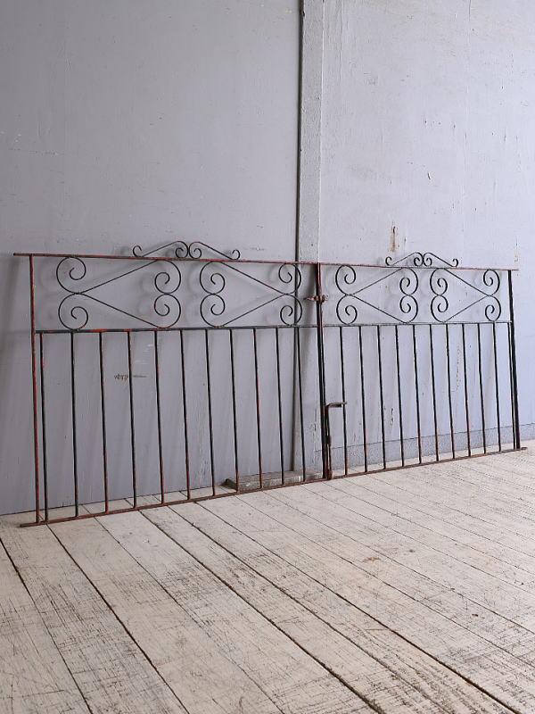 イギリスアンティーク アイアンフェンス ゲート柵 ガーデニング 9742